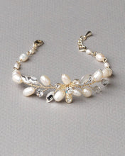Load image into Gallery viewer, Delicate Jean Freshwater Pearl Bracelet