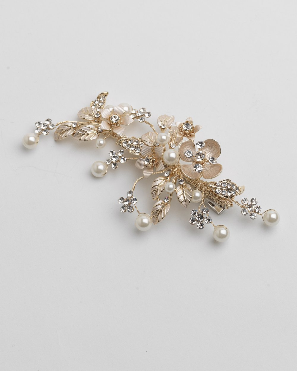Tyra Pearl Floral Clip