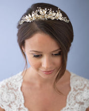 Load image into Gallery viewer, Lilly Floral Tiara