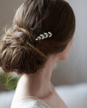 Load image into Gallery viewer, Emma Floral Hair Pin