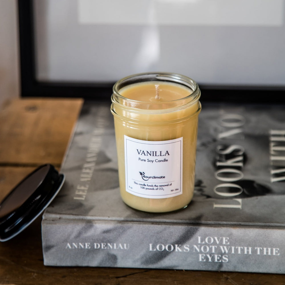 Vanilla Soy Candle - 8 oz, 50+ hours of Clean Burning