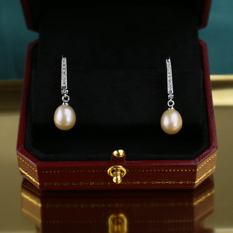 1950s Jewelry Styles and History Handmake Baroque Freshwater Pearl Elegant Earrings Created Designer $36.00 AT vintagedancer.com