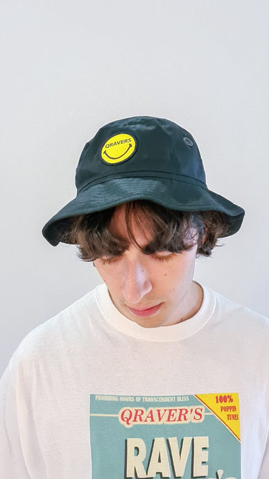 Qravers smiley face patch cargo hat black