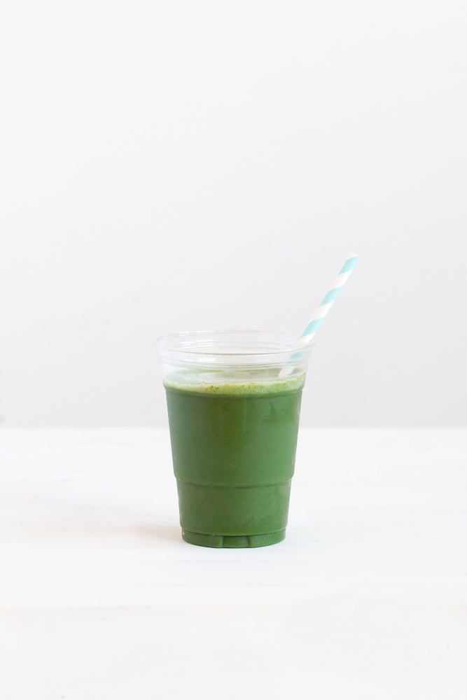 Glow Superfood Smoothie ~ Glowing Green