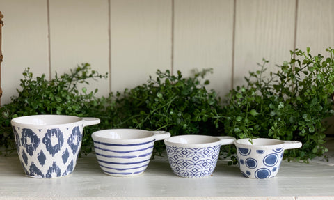 Blue Pattern Measuring Cups