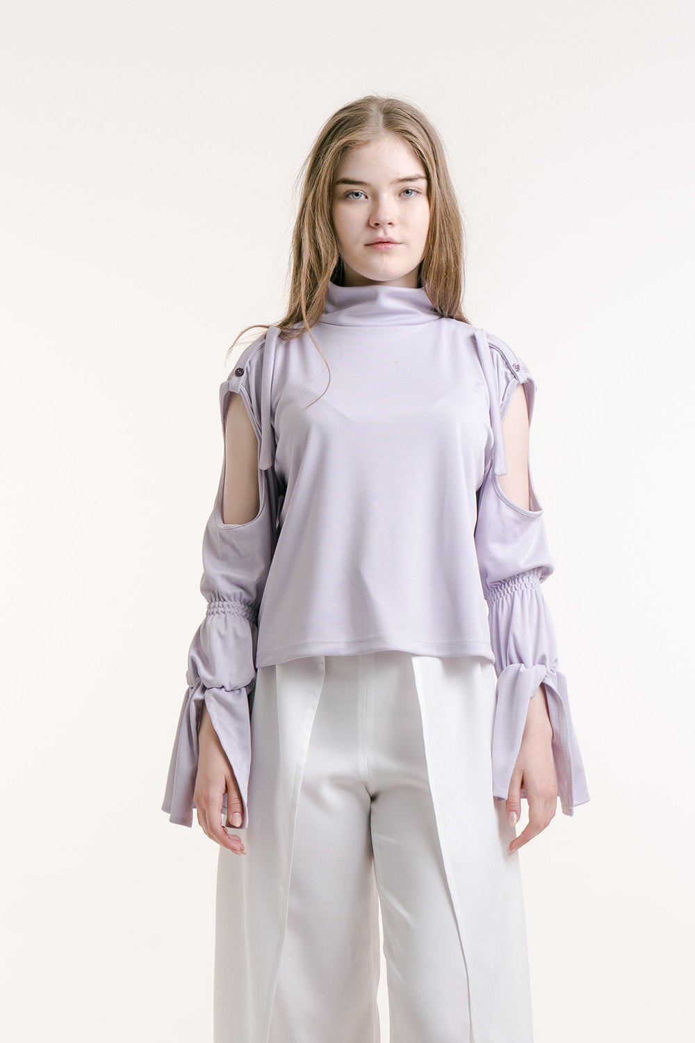 TURTLENECK STRING TOP