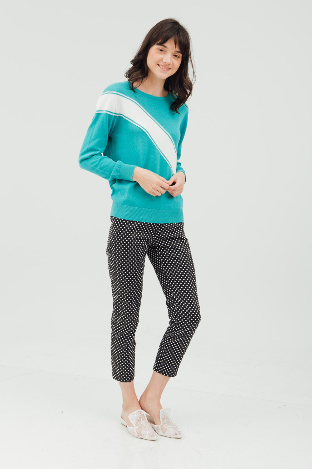 STRIPE SHOULDER SWEATSHIRT