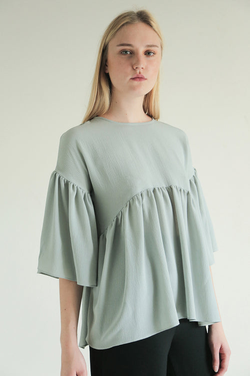 ECLATER SLEEVE TOP