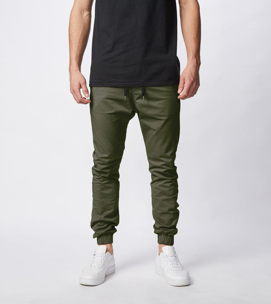 Classic jogger in forest green