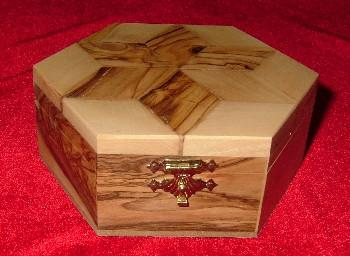 Hand Carved Olive Wood Box with Six sided Star (Star of David) Inlay on Top.