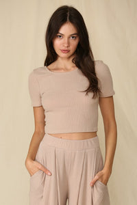 Lively Knit Short Sleeve Top in Mocha