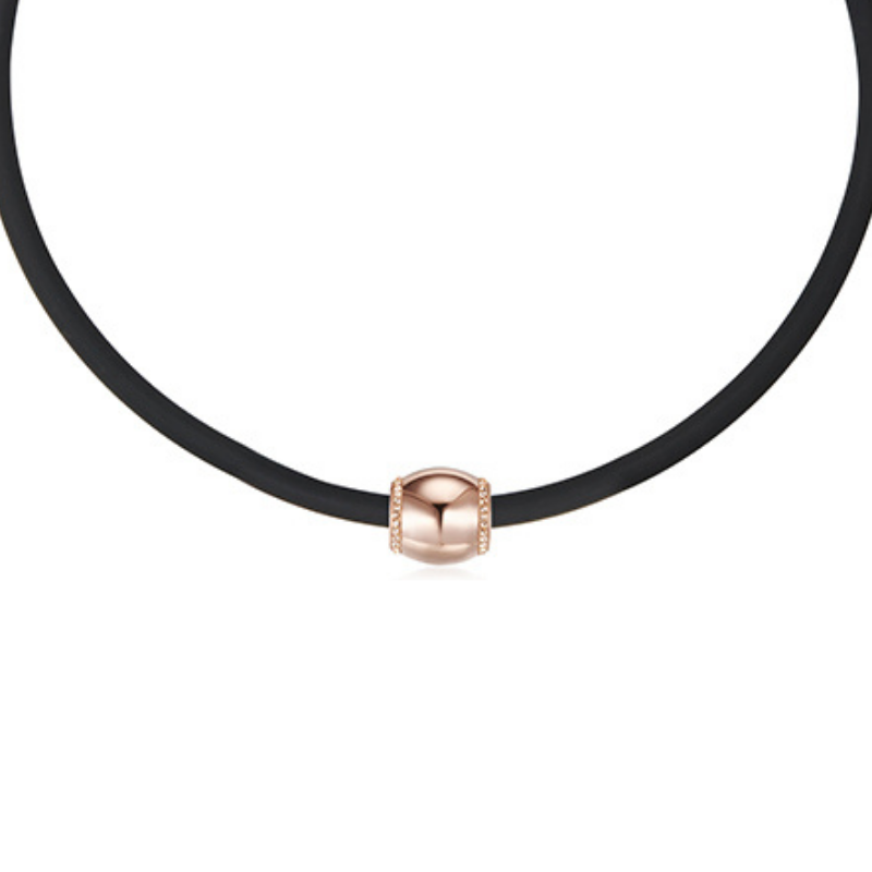 Rose Finesse Necklace