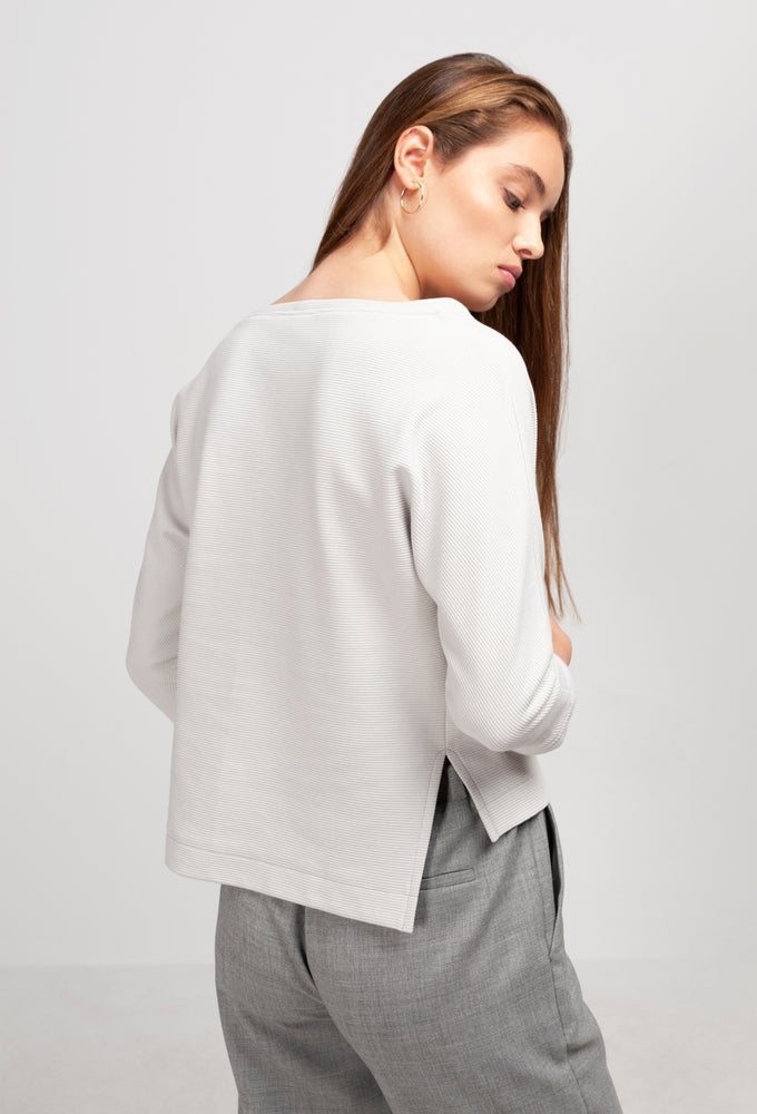 MILEVA Sweater pearl grey