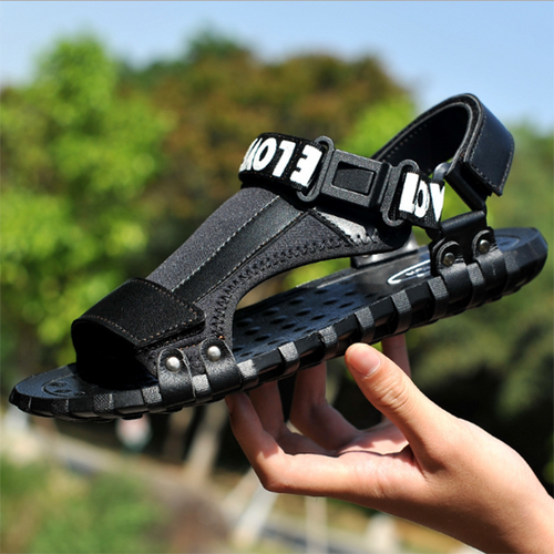 2019 New Outdoor Casual Non-Slip Men's Sandals