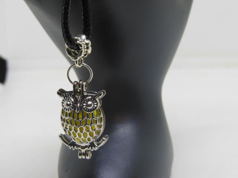 Aromatherapy Diffuser Necklace - Owl Locket