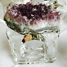 Load image into Gallery viewer, Geode Napkin Ring