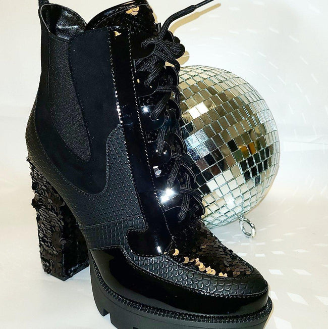 [prodcut_type] - Glitz and Glam Bootie - Easy Pickins