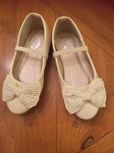 Miss Rose Sister Violet Cream Pearl Bow Cinderella Shoes | Honeypiekids