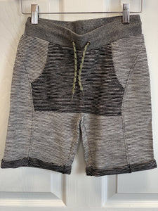 3Pommes Wild Soul Zip Up Cardigan and Matching Shorts Set