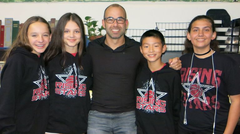 "'Impractical Jokers' star James ""Murr"" Murray talks to LI kids"