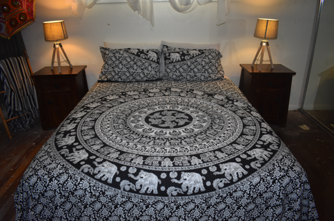 Elephant Walk Queen Size Doona Cover Set