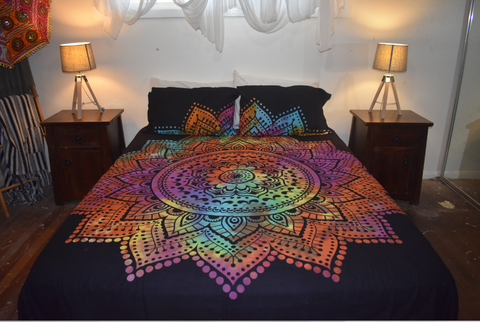 Queen Size Sheet & Pillow Case Set - Rainbow lotus