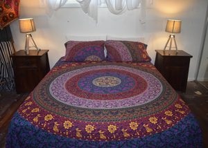 Traditional Purple King size Doona Cover Set