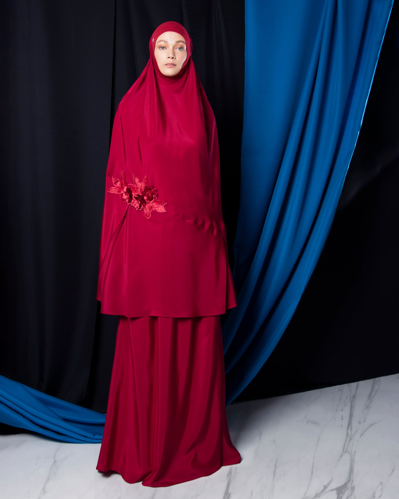 Telekung ARJANA Raudhah in Ruby Red