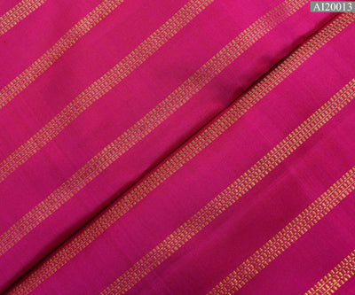 Rose Kanchi Silk Fabric With Muthu Line Design Highlights