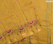 Medallion Floral  Thread Embroidery Linen Saree With Blouse