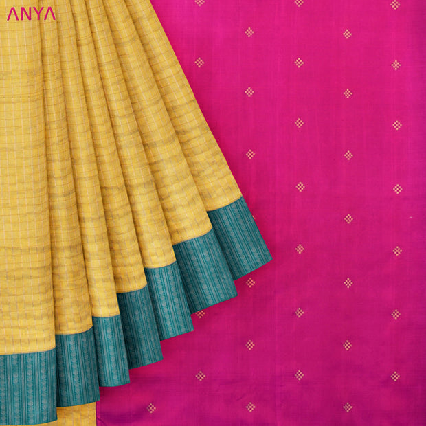 Pastel Yellow Checked Tussar Saree With Pink Kanchi Silk Blouse And Pallu