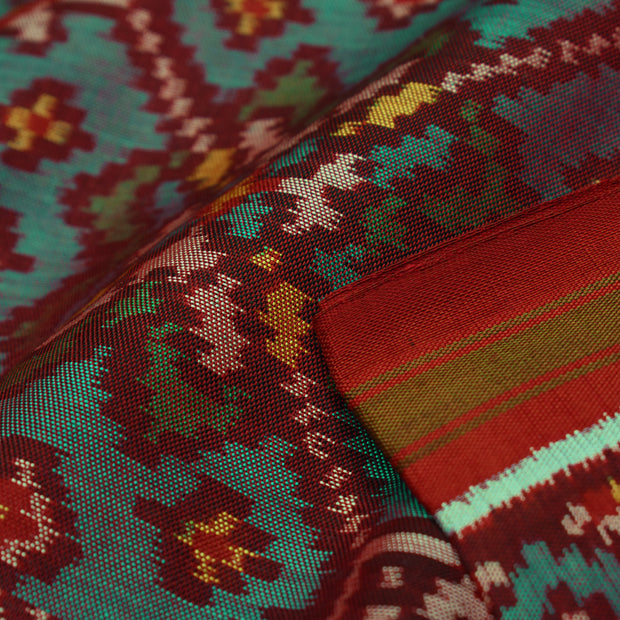 Dual Tone Peacock Blue & Red Patan Patola Silk Fabric With Border