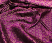 Magenta Kanchi Silk Fabric With Paisley Zari Design