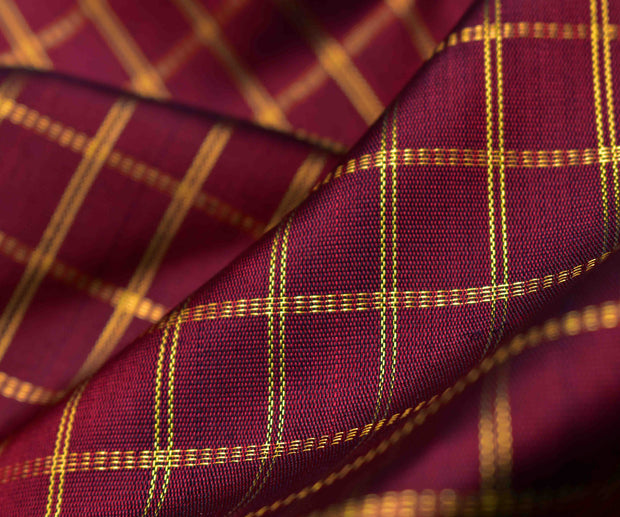 Maroon Kanchi Silk Fabric With Zari Kattam Design