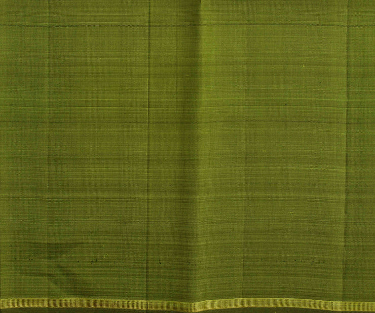 Peacock Green Munthi Seer Kanchi Silk Saree With Olive Green Pallu And Blouse