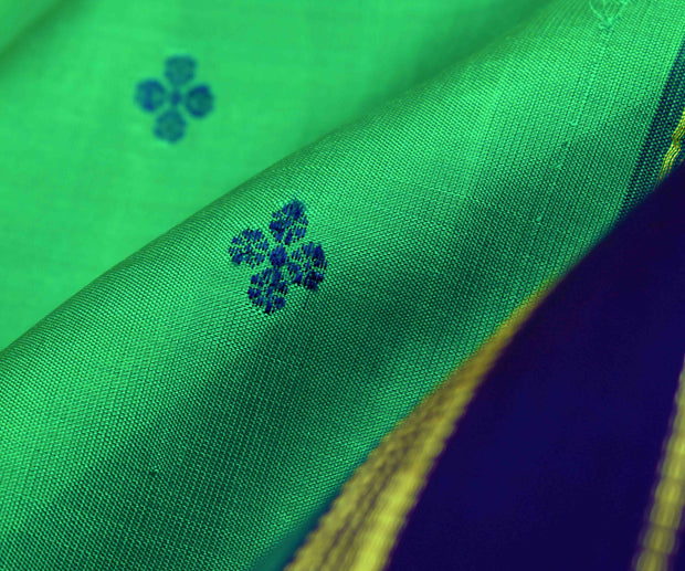 Spring Green Kammal Butta Kanchi Silk Saree With Navy Blue Pallu And Blouse