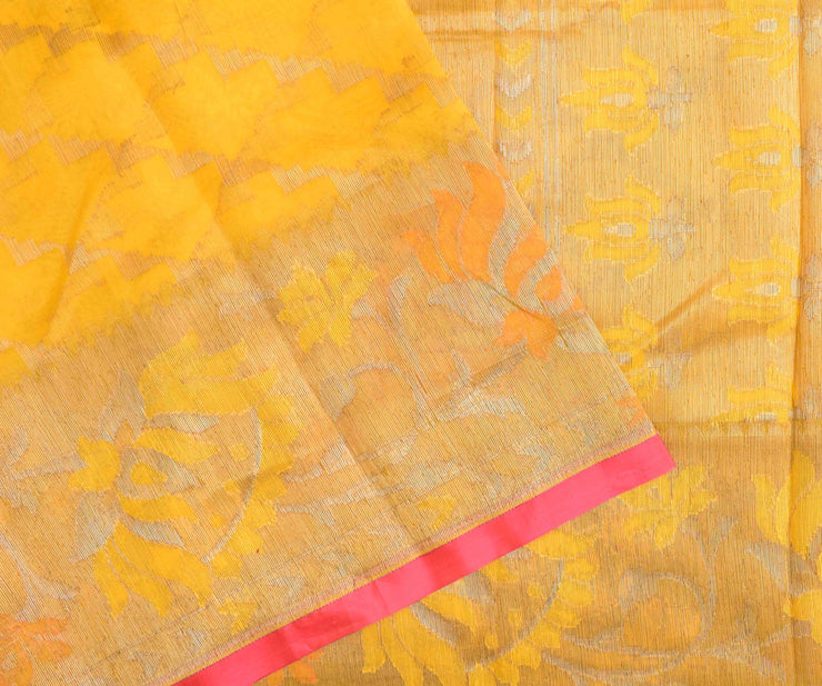 Yellow Thread Zari Banarasi Silk Saree With Peach Blouse