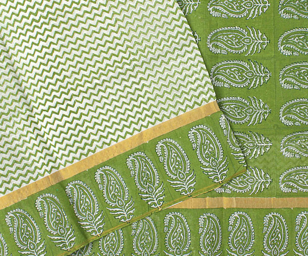 White Zig Zag Bengal Cotton Saree With Pickle Green Blouse