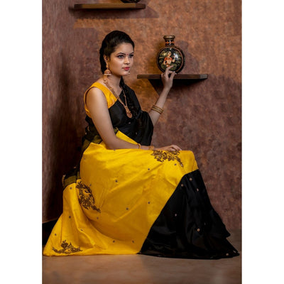 Black Kanchi Silk Saree With Yellow Pallu Crafted With Parrot Zardosi And French Knot Embroidery-With Blouse