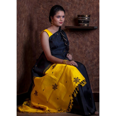 Black Kanchi Silk Saree With Yellow Pallu Crafted With Antique Zardosi Embroidery-With Blouse
