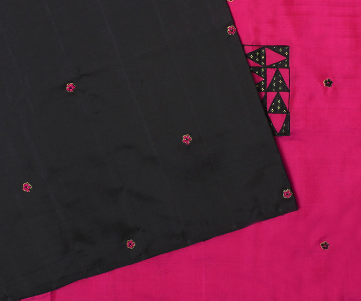 Black Kanchi Silk Saree With Hot Pink Pallu Crafted With Tile Design Applique-With Blouse