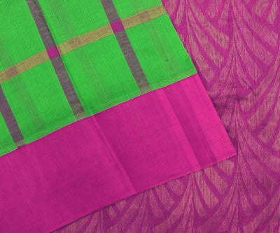 Parakeet Green Checked Uppada Silk Saree With Pink Pallu