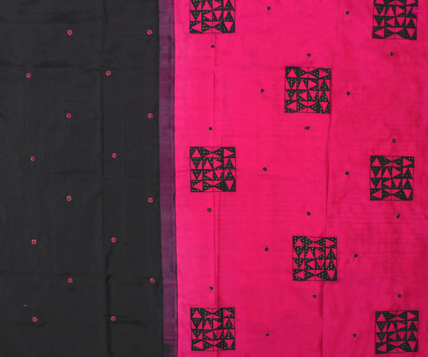 Black Kanchi Silk Saree with Hot Pink Pallu Crafted with Tile Design Applique - With Blouse