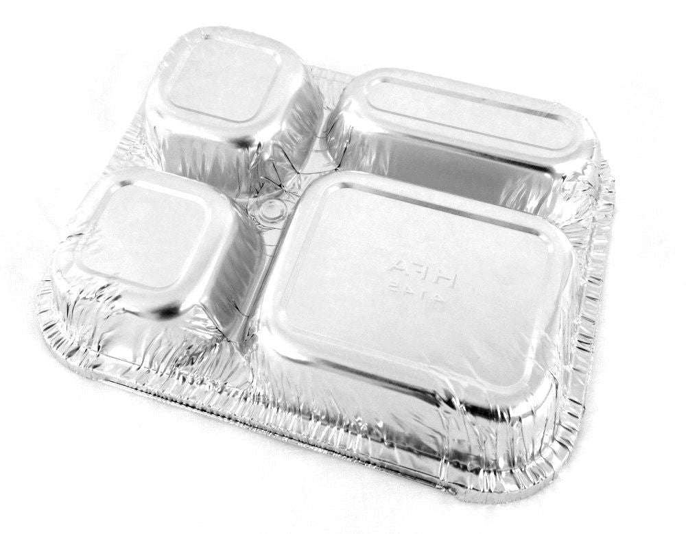 4-Compartment Oblong Foil Pan Bottom