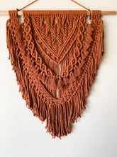 "Load image into Gallery viewer, Macrame Wall Hanging ""Chestnut"""
