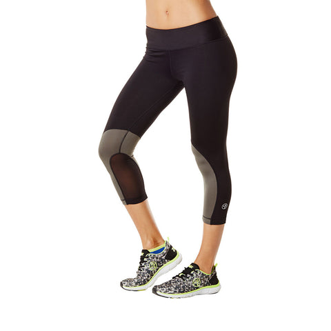 1 LEFT / M - Mesh with Me Capri Legging