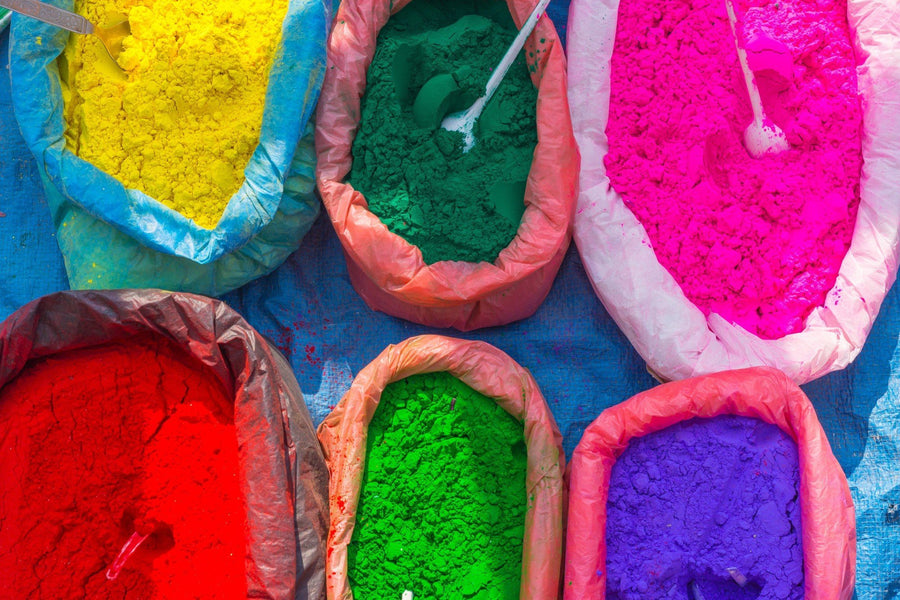 What Gives Holi Powder Its Color? 7 Amazing Secrets About the Powder
