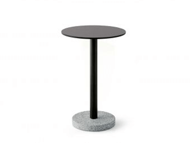 Roda Bernardo side table