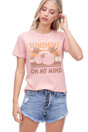 SUNSHINE ON MY MIND GRAPHIC TEE (pre order 3/1)