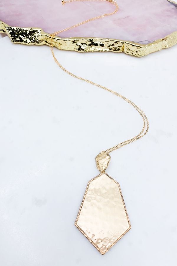 HAMMERED HEXAGON PENDANT NECKLACE